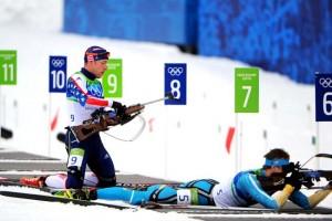 Biatlon, deporte de invierno que combina esquí de fondo con tiro deportivo