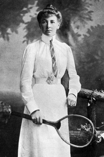 La Primera Mujer que ganó un título olímpico fue Charlotte Cooper