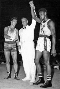 Muhammad Ali ganó la medalla de Oro en los Juegos Olímpicos Roma 1960, en Semipesados
