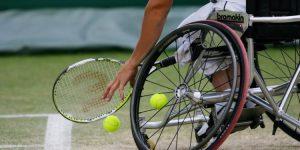 Tenis en Silla de Ruedas y Tenis Adaptado de Pie.