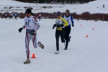 Carrera a pie en un triatlón de invierno