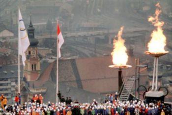 En los Juegos Olímpicos de Invierno Innsbruck 1976 se encendieron 2 llamas olímpicas.