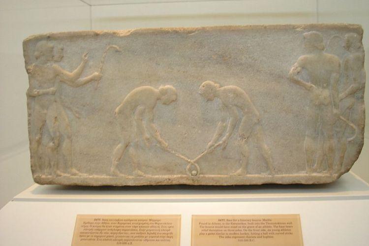 Jugadores de Hockey Hierba en un grabado Griego