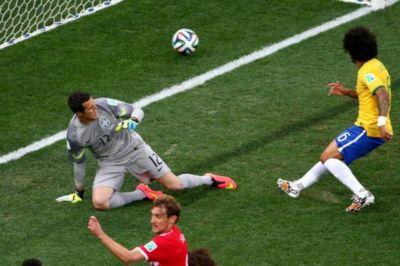El primer gol de Brasil 2014 fue un autogol de Marcelo. Primera vez en los Mundiales que ocurría.
