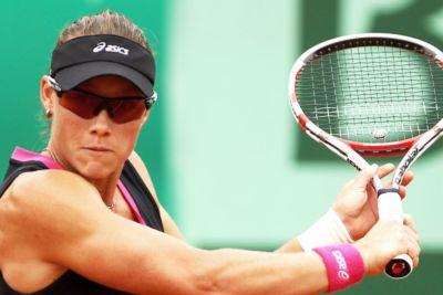 Samantha Stosur con unas gafas de sol para tenis de la marca Oakley
