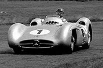 Juan Manuel Fangio uno de los mejroes pilotos de Fórmula 1