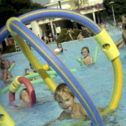 Churros de Poliestireno para jugar en la piscina