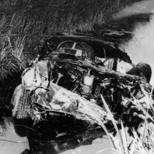 Coche de Alfonso de Portago tras el accidente