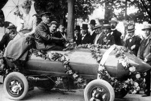 Historia del coche eléctrico: primero en superar 100Km/h