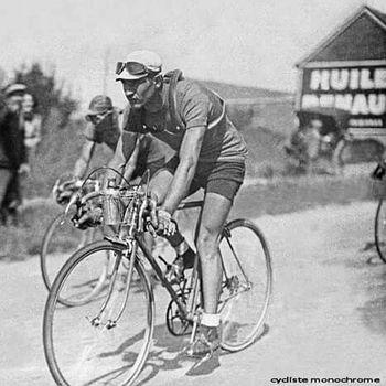 Gino Bartali durante una etapa del Tour 1938