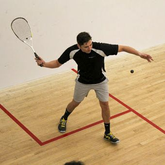 Saque en Squash