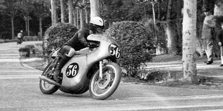 脕ngel Nieto con Ducati